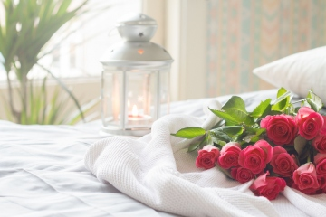 Lighting Tips Your Bedroom Needs For Romance
