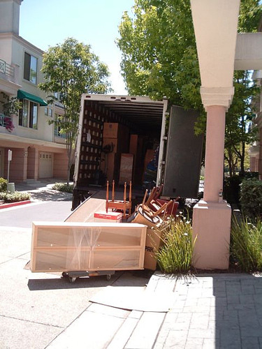 Give Yourself A Chance For A Stress-Free Moving