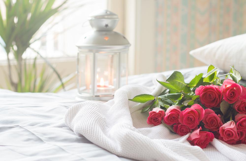 Lighting Tips Your Bedroom Needs For Romance